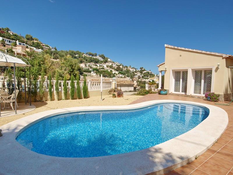 acheter villa avec piscine moraira costa blanca nord. Black Bedroom Furniture Sets. Home Design Ideas