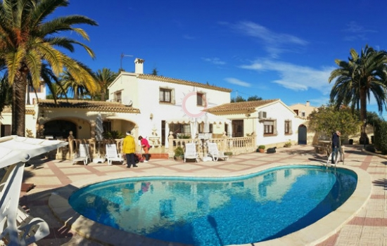 Country houses for sale in Moraira Spain