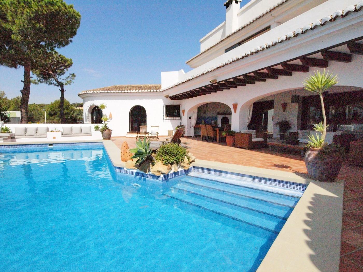 Verkauf villas moraira solpark for Pool verkauf