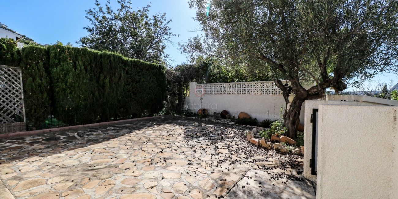 ◈ Reduced price independent villa for sale in Moraira