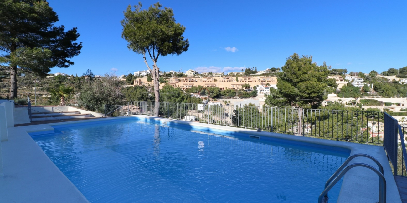 2-bedroom mid-terraced property for sale in Benimeit Moraira