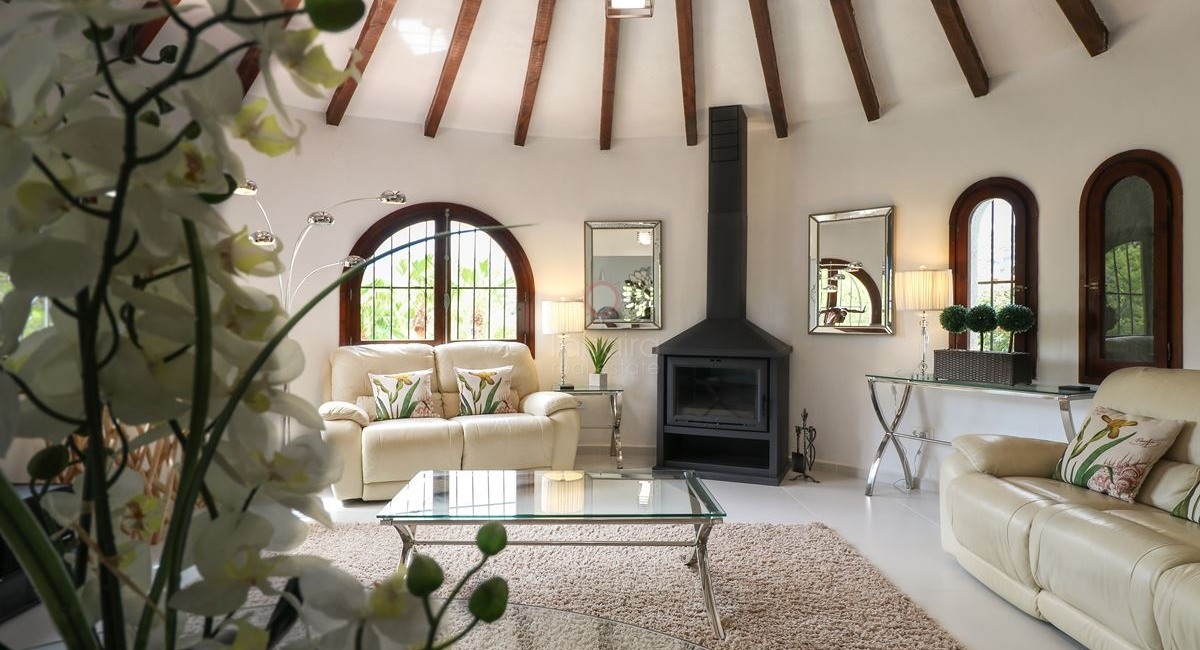 Principal living room from the San Jaime Moraira villa for sale