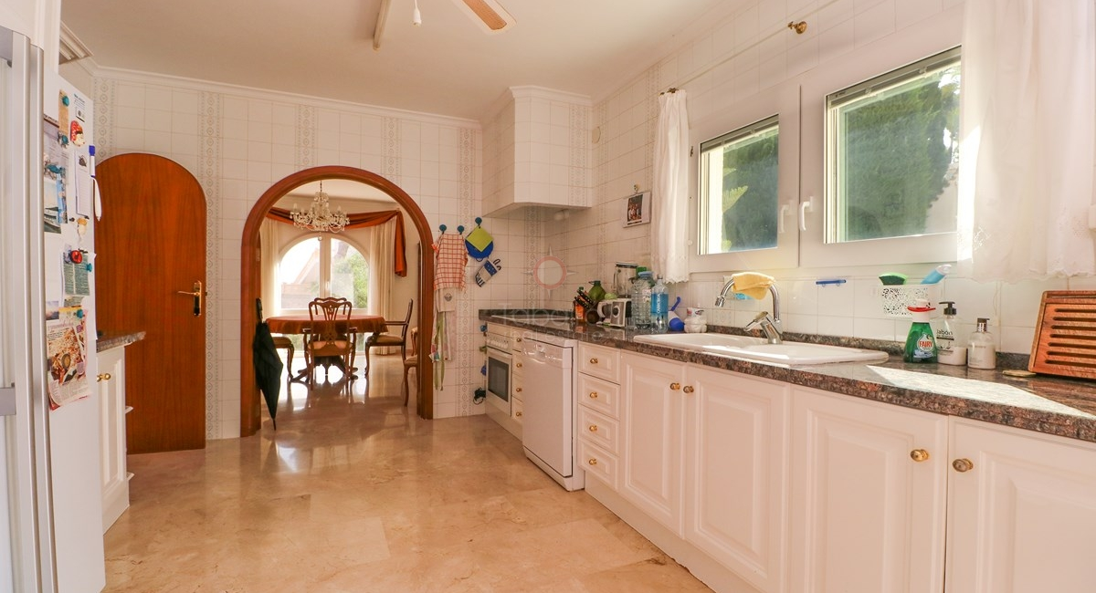 ▷ First line to the sea villa for sale in Moraira