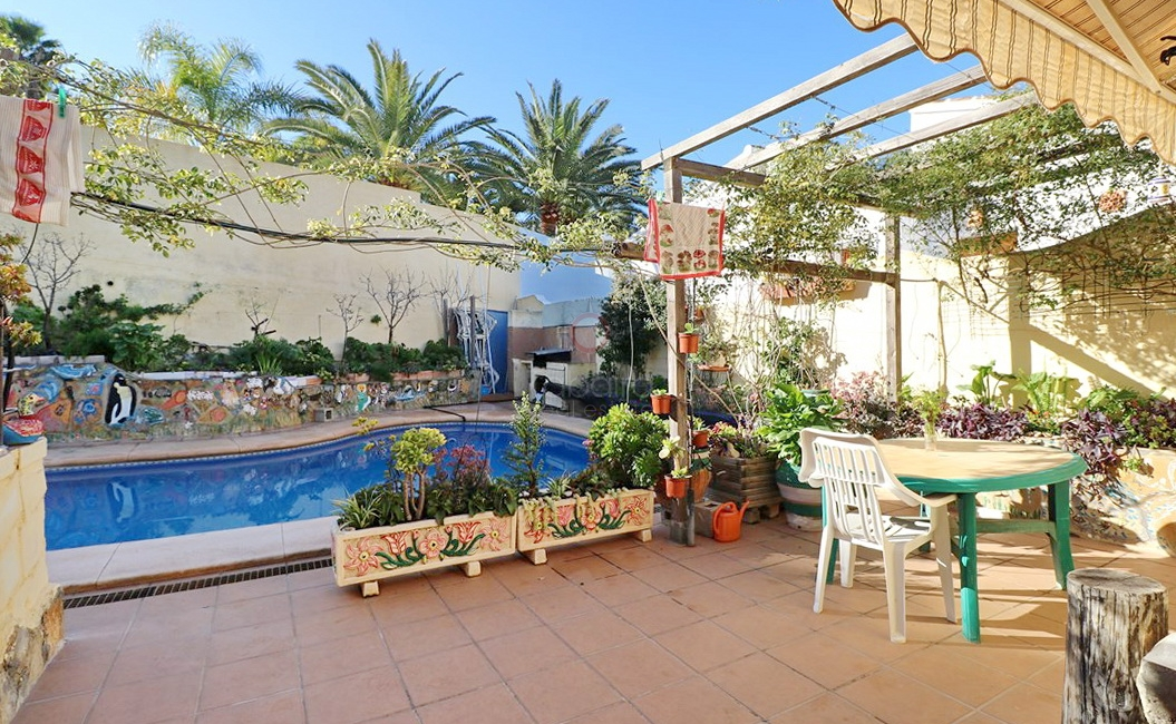 ▷ Villa for sale in Moraira, close to the sea